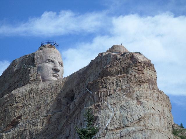 crazy-horse-monument